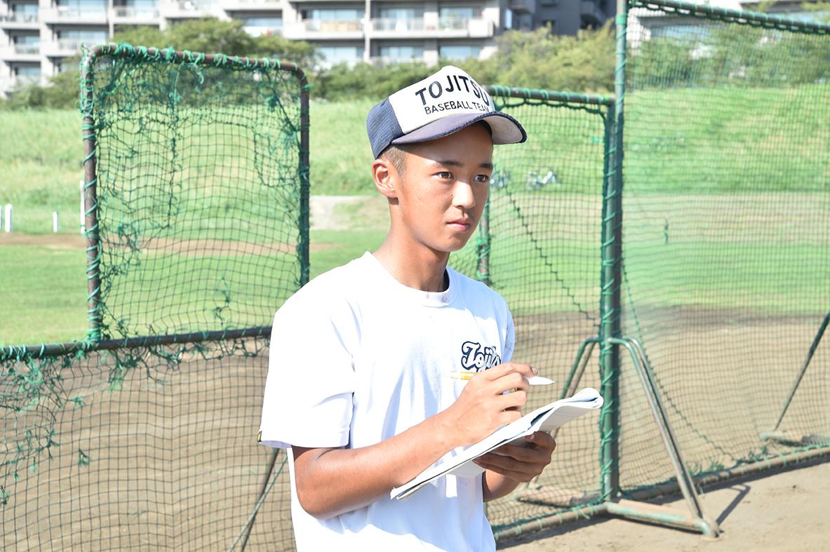 【東京実業 野球部】監督と選手のパイプ役菊地羅夢(2年=プレイングマネージャー)